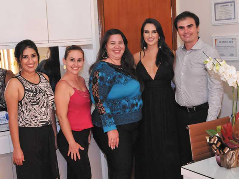 Jaquuelyny, Anaina, Kellen, Dra. Christiane e Dr. Anderson