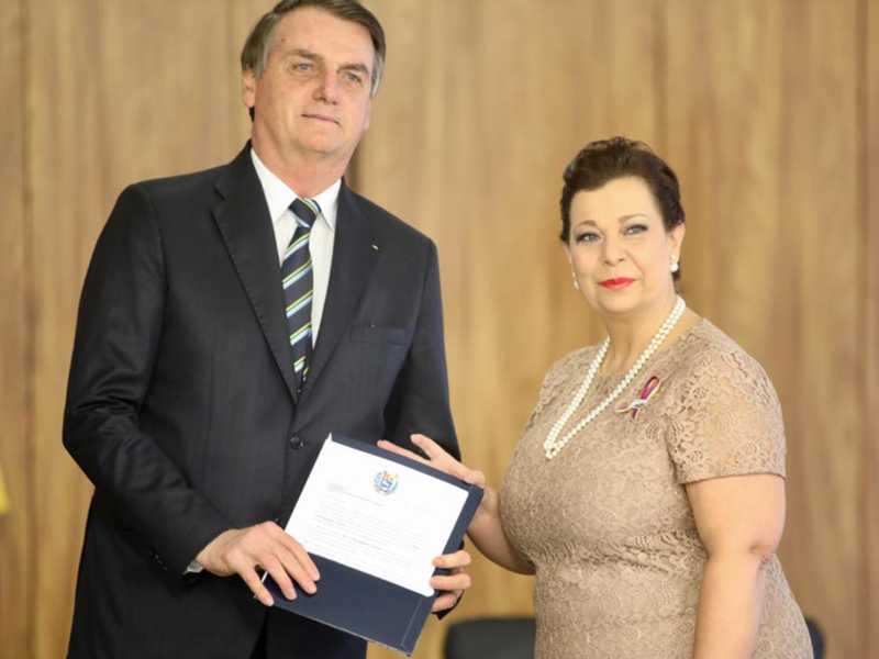 No Palácio do Planalto, a embaixadora da República Bolivariana da Venezuela, María Teresa Belandria, entregou as cartas credenciais ao presidente Jair Bolsonaro