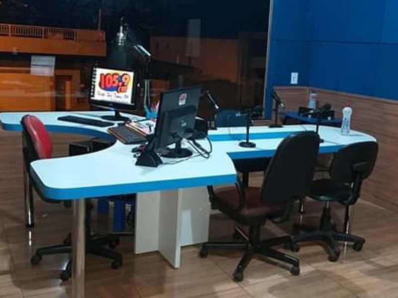 Estúdio da Rádio São Tomás FM