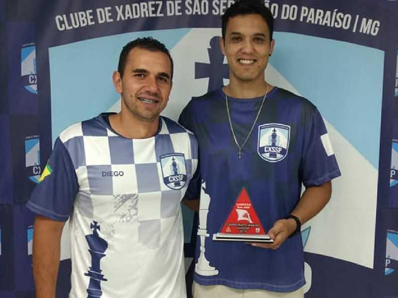 Prof. Dwlyan Santos novo campeão mineiro sub 2200