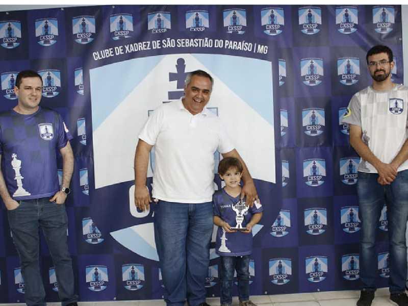 Tobias Luiz Carvalho de Oliveira campeão sub6