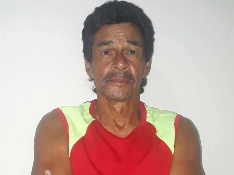 Luiz Antônio Teixeira comemorou mais um ano de vida (13/11). Recebeu felicitações dos filhos Nayara Vezeda, Gabriel e Wriel, de amigos, com votos de felicidades.