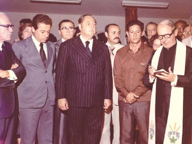 Dr. Geraldo Alvarenga, ministro Alysson Paulinelli, o eñtão governador Aureliano Chaves,  na benção de inauguração das instalações da Aviação em Paraíso, em 1977