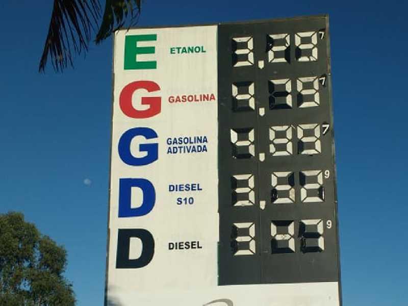 No Posto Paraíso,  à margem da BR 491 é onde se vende o litro de gasolina mais barato em Paraíso