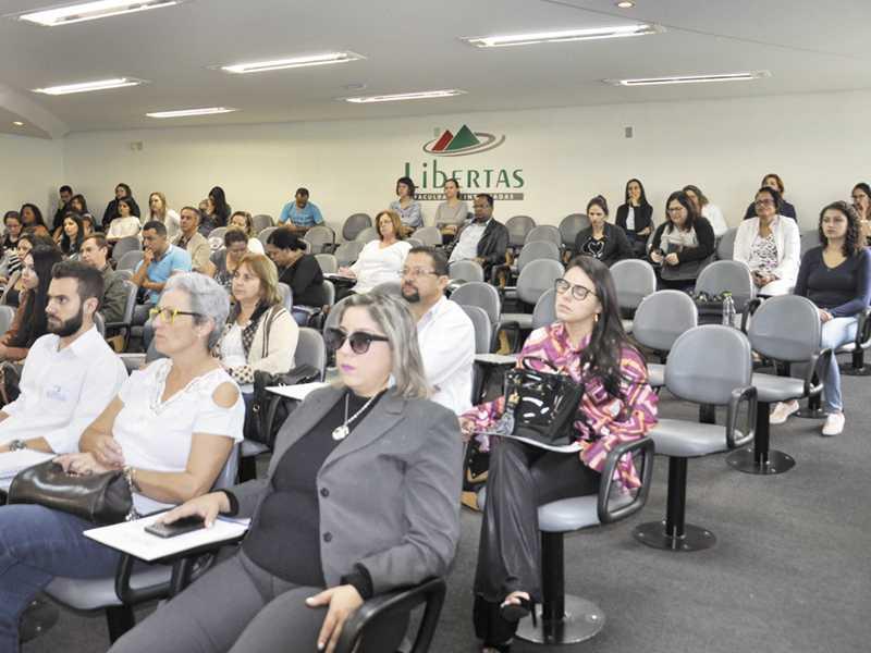 Encontro reuniu especialistas e profissionais de diversos setores de Paraíso e de outras instituições da região
