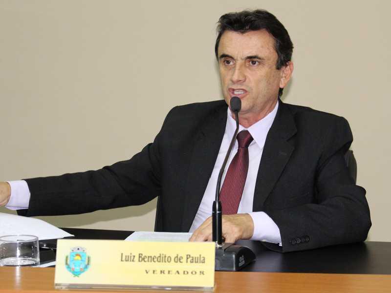 Pela segunda vez , o proprietário do Loteamento Rural Recanto Feliz , garantiu ao Vereador Luiz de Paula, que a Cemig vai instalar o mais rápido possível Energia elétrica no referido Loteamento