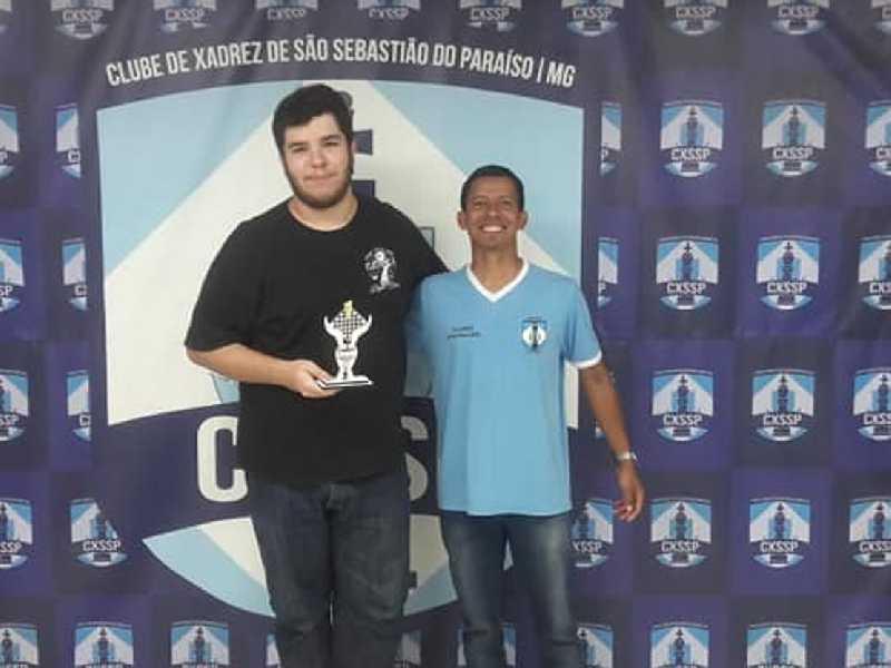 Vitor Salgueiro Canoas Campos campeão sub18