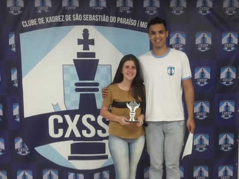 Larissa de Oliveira Campos campeã mineira sub18 feminina