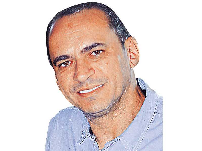 pastor Adriano Mendes
