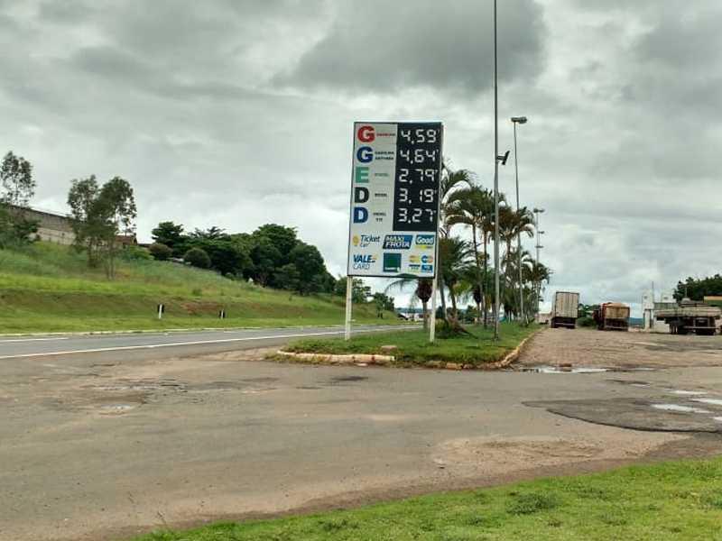 Posto Paraíso onde vende o preço mais barato da Gasolina R$4,597