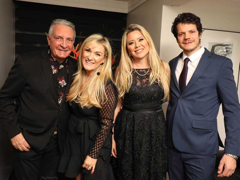Carlos Alberto Castellanos e a anfitriã, Marilene e Fernando Matos
