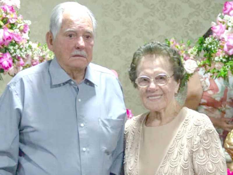 Minha tia, Tereza Duarte Borges, recebe cumprimentos no dia 25, por mais um ano de exemplar existência.