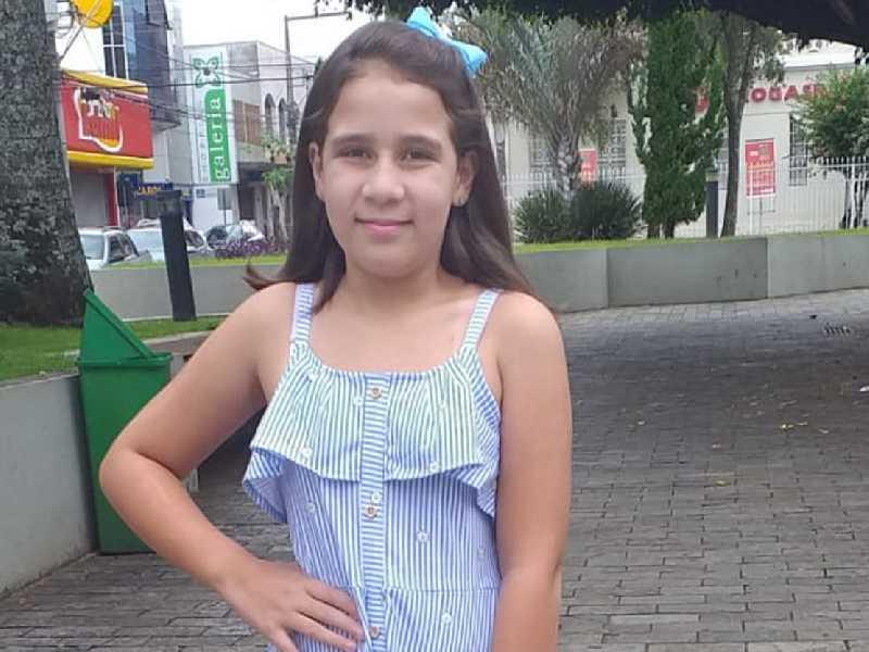 Emanuelle de Oliveira Araújo completou 11 anos no dia 17. Sua mãe, Thaís, as tias Tatiane e Thayne e demais familiares lhe desejam toda a felicidade, e que sua vida seja plena de saúde e paz