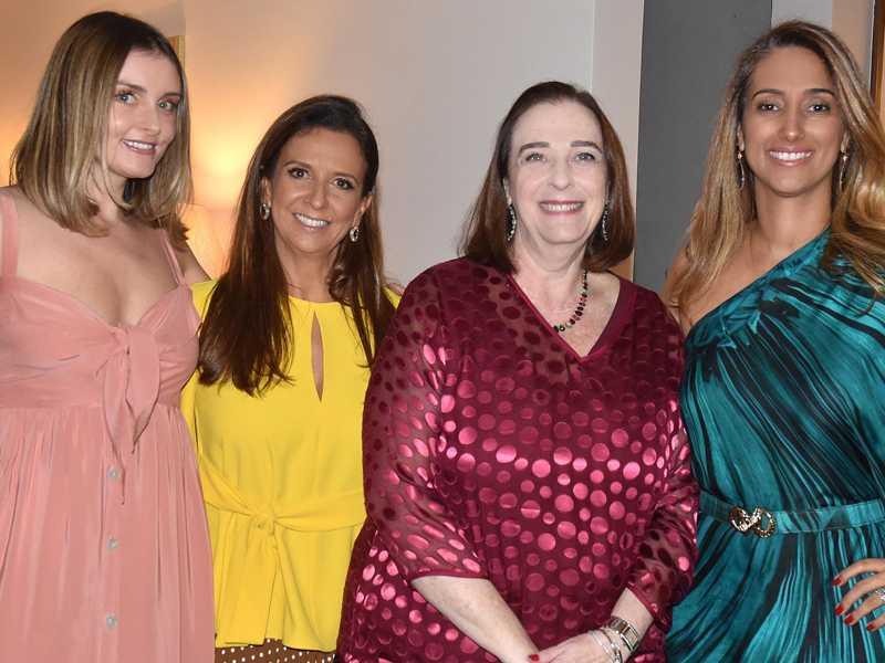 Anielle Almeida, Isaura Lara Resende, Marlova Noleto e Flávia Arruda