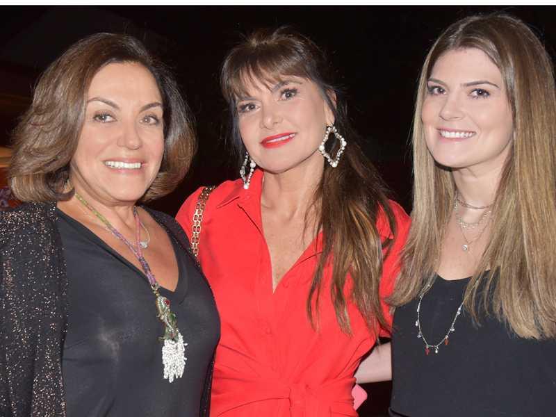 Celina Jardim, Daniele Weyne e a filha Katherine