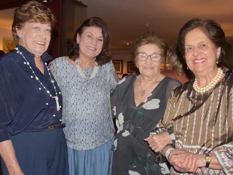 Elaine Tonet de Camargo, Guiomar Feitosa, Aydee Sperandil e Regina Fonseca