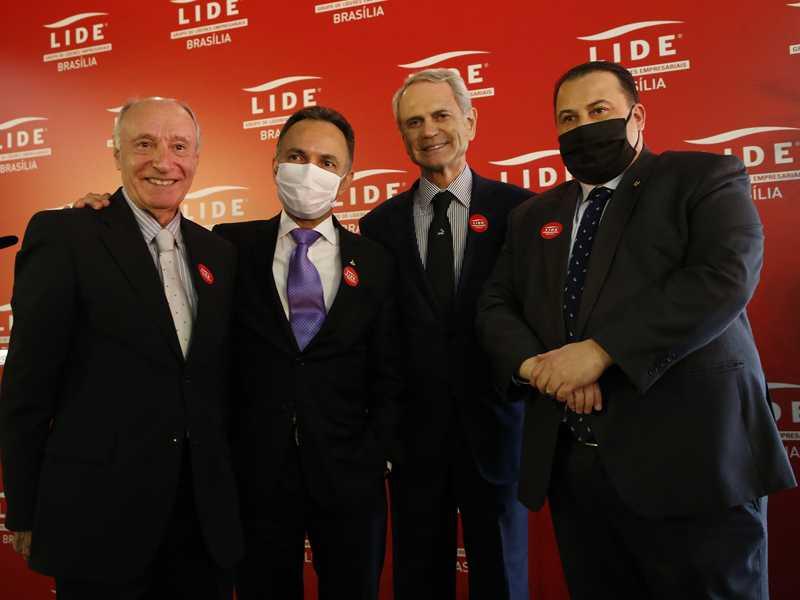 Fernando Brites, José Eduardo Pereira Filho, o presidente do Lide Brasília, Paulo Octávio e Júlio Cesar Ribeiro