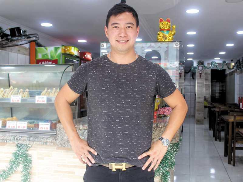 Chinês Wenxuan Zhu, conhecido como Felipe