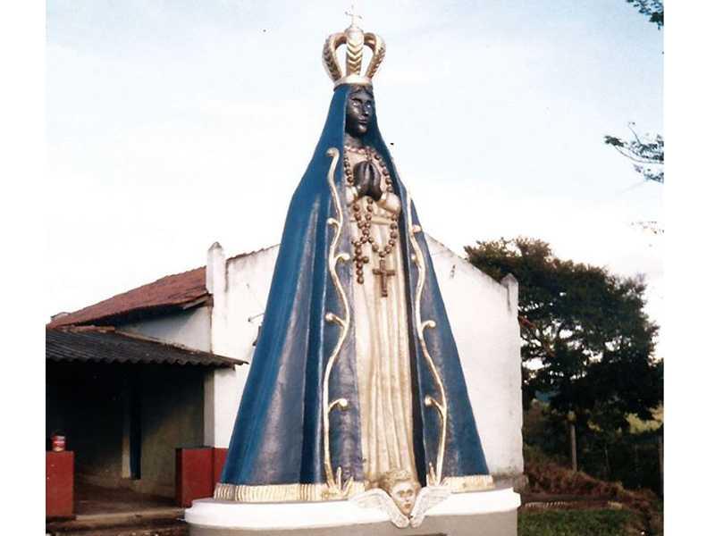 Estatua de Nossa Senhora Aparecida Bairro Rural Queimada Velha