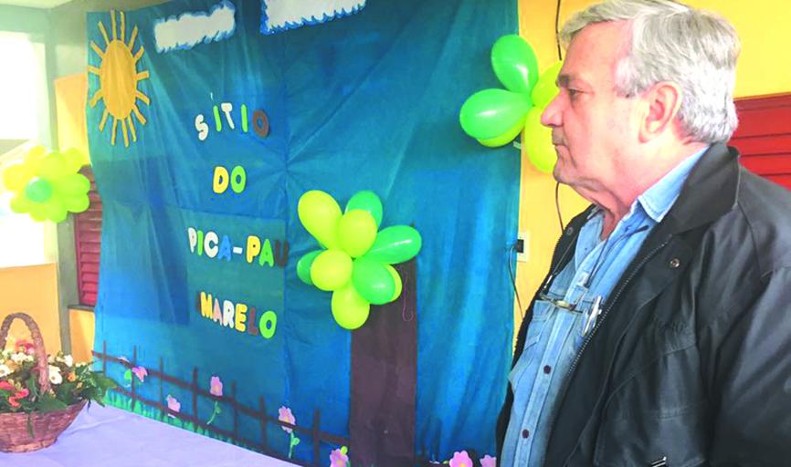 ESCOLA - Diretor Léo Rivelini participou das atividades na escola com os alunos