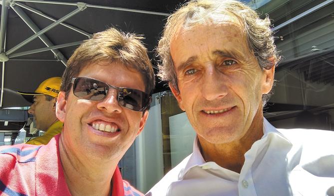 Com Alain Prost, tetracampeão  mundial e grande rival de Ayrton Senna