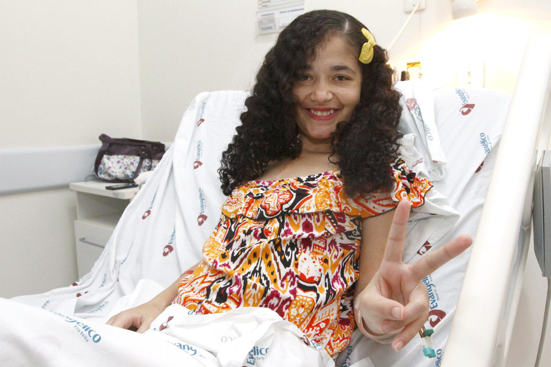 Daniela Barbosa recebeu coração de rapaz mineiro, de 21 anos