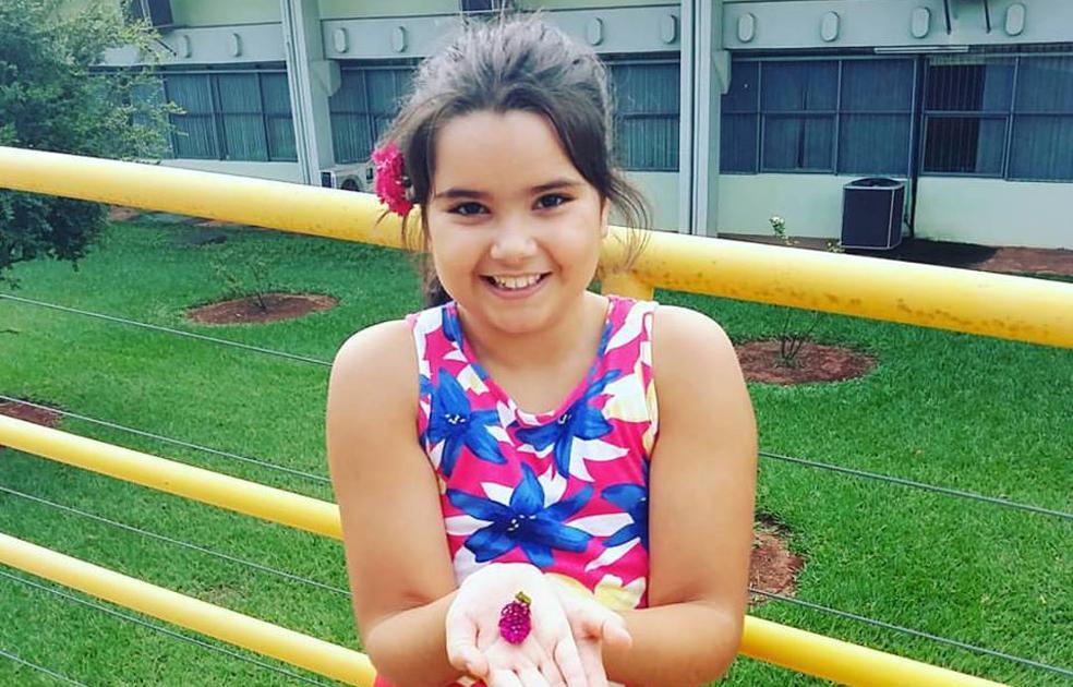 Ana Flor Pádua Martins completa dez anos, dia 26. Filha da jornalista e professora, Ana Paula Horta. A coluna a cumprimenta, almejando-lhe felicidades.