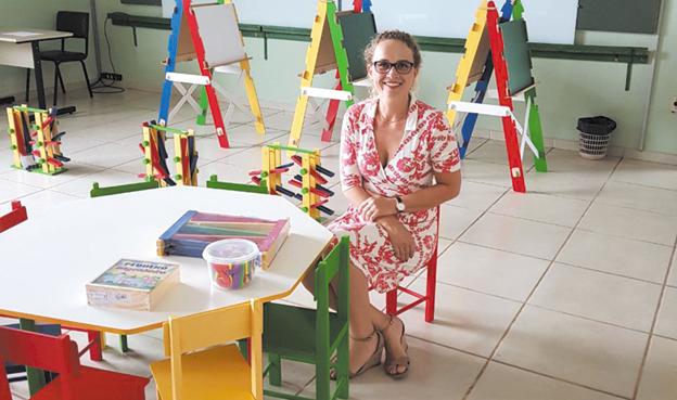 Professora Dalva Kellen Dizaró, coordenadora do novo curso de pedagogia