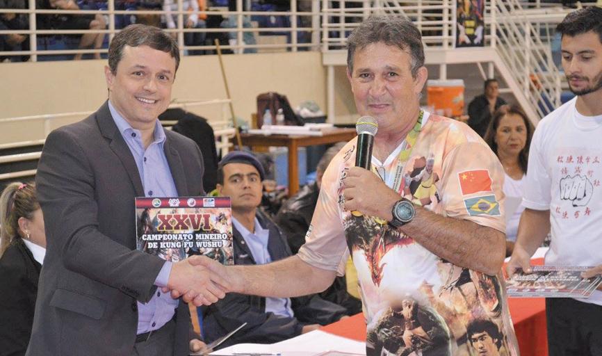 LUTA- Presidente da CBKW, Marcus Vinicius, e o professor e mestre em artes marciais, Márcio Zaqueu