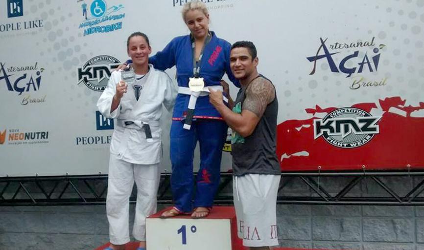 Atleta Joice Rosa (primeiro lugar)  e o professor e atleta Edmar Viana