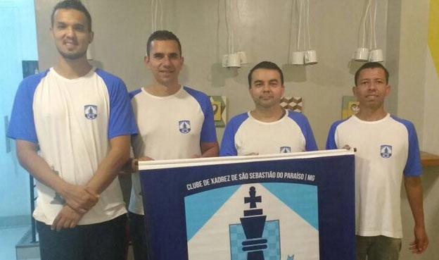 Dwlyan Santos, Diego Ferreira, Gérson Peres e Lázaro Paschoa integram a equipe paraisense que luta pelo nono título dos Jogos do Inteiror de Minas em Lavras