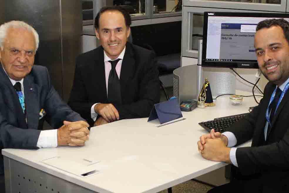 Gilberto Occhi, Gilberto Amaral, Marcelo Amaral e o gerente-geral Guilherme Aguiar - foto de Lorenna Carvalho Jardim