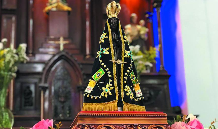Fiéis comemoram em várias igrejas os 300 anos do encontro da imagem de Nossa Senhora Aparecida