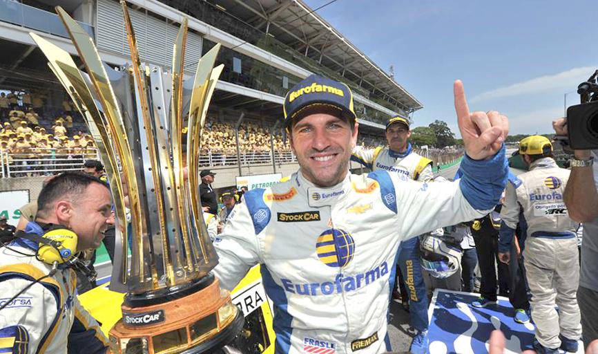 Daniel Serra é o novo campeão da Stock Car