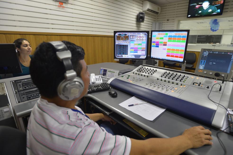 Até sexta-feira 34 emissoras assinarão convênio para migração do AM para o FM em Minas Gerais