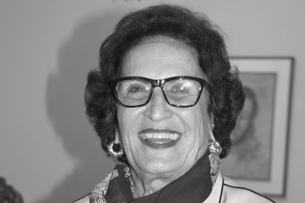 Especiais cumprimentos à Professora Vera Lúcia Pimenta de Pádua que aniversariou no dia 8.