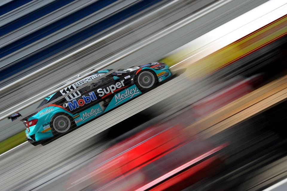 O público agora pode interagir com as corridas da Stock Car votando nos seus pilotos preferidos com o Hero Push, que dará uma injeção a mais de potência no motor dos seis mais votados