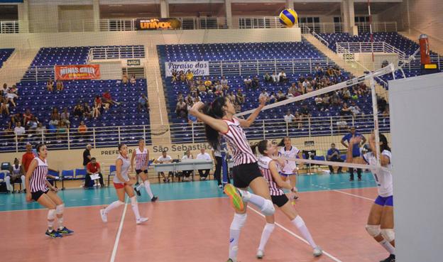 Em outubro Arena Olímpico de Paraíso recebeu  jogos de seleções estaduais feminina de voleibol