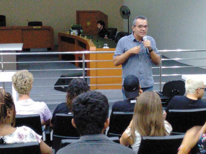 Ex-prefeito, Mauro Zanin, foi convidado para falar sobre os processos políticos