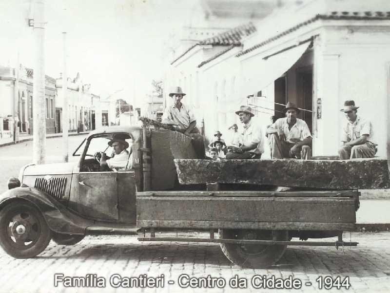 Fordinho Cantieri em 1944