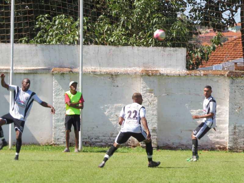 Equipes do Operário e Cravinhos disputam a segunda colocação no Grupo 1 do campeonato