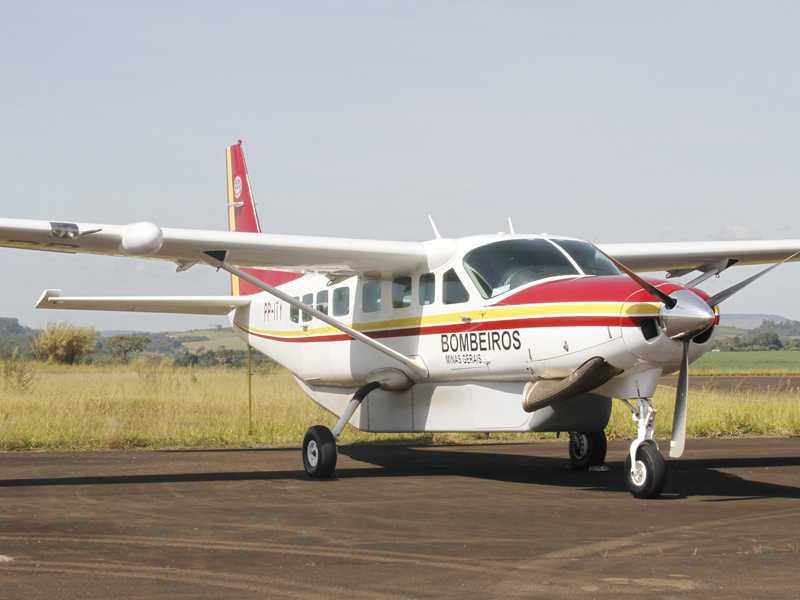 Aeronave traz mais uma recém nascida para UTI- ambas de Paracatu