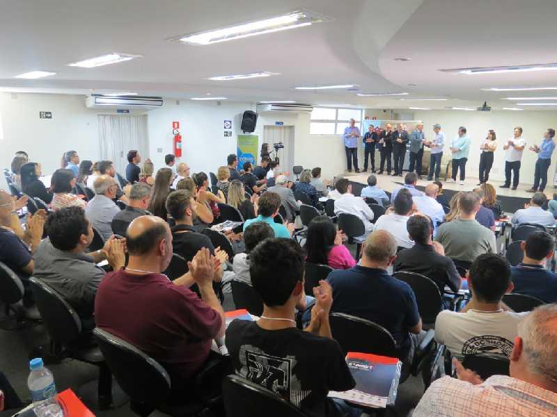 Evento realizado pela Amirt em Paraíso movimentou rádios da região Sudoeste e Sul de Minas