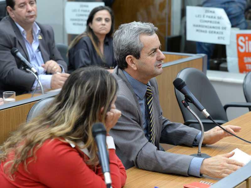 Durante reunião na Assembleia, deputado Antonio Carlos Arantes  cobrou o secretario da Saúde sobre os pagamentos atrasados  em prol do Hospital Psiquiátrico Gedor Silveira, de Paraíso