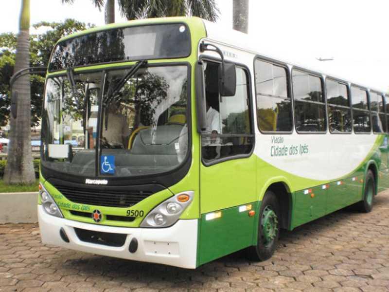 Prestação de serviço de transporte coletivo urbano em Paraíso é alvo de crítica de usuária