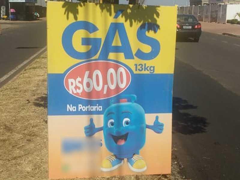 No final desta semana, aproveitando a viagem, um paraisense que passava pela cidade de  Uberaba/MG, registrou esta foto com preço gás R$ 60,00