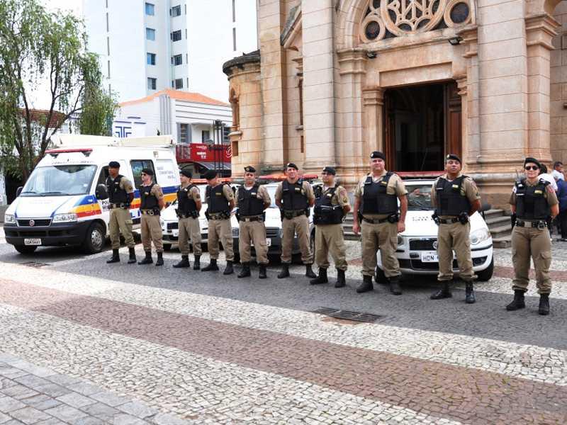 Policiamento reforçado já pode ser observado no centro com operações que vão se estender para outras regiões da cidade