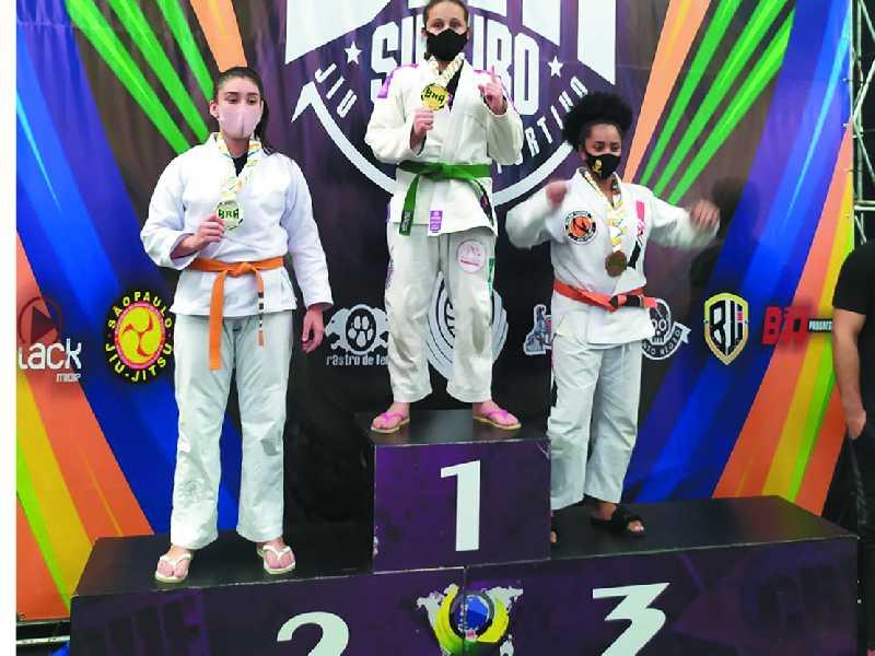 Bianca Siqueira conquista mais um título de campeã brasileira de Jiu Jitsu em São Paulo