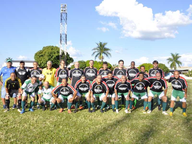 A equipe do Ouro Verde Tênis Clube vai tentar alcançar o Caram na conquista do tricampeonato de master
