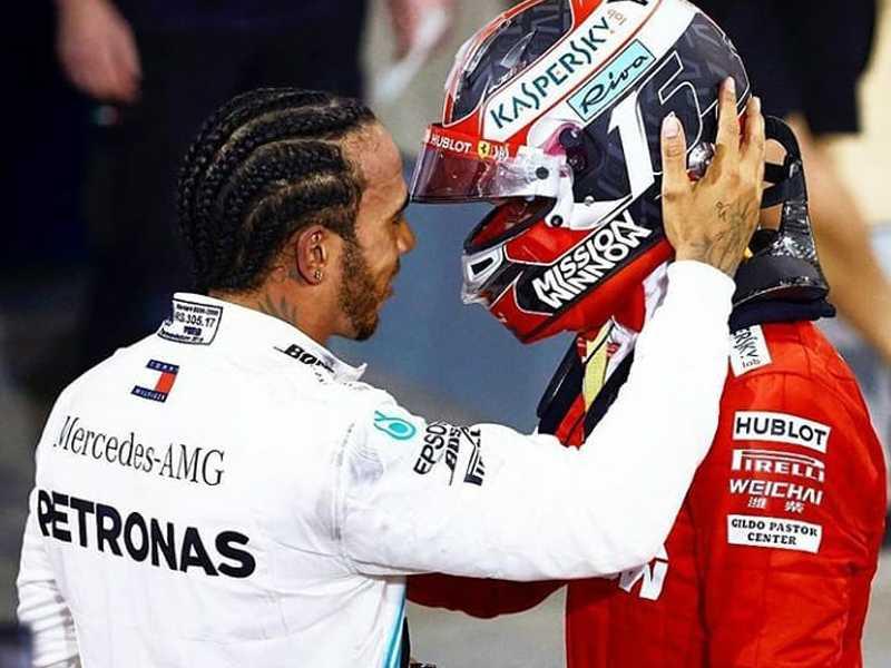 Atitude bacana de Lewis Hamilton com Charles  Leclerc depois da bandeirada no Bahrein
